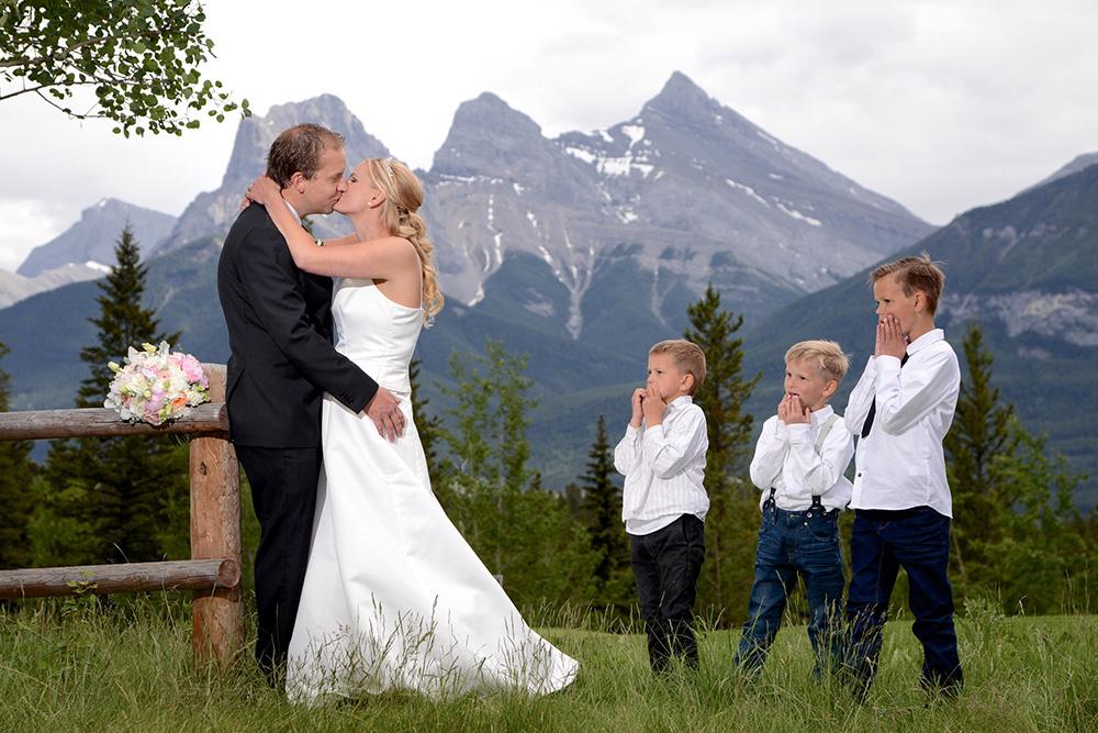 Banff Wedding Elopement Photographers